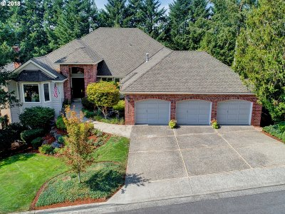 Lake Oswego Single Family Home For Sale: 19114 35th Pl