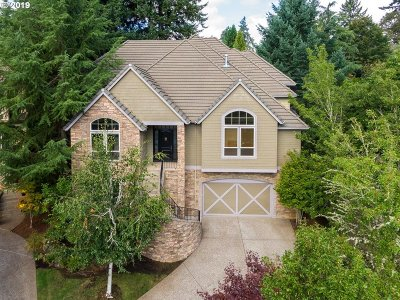 West Linn Single Family Home For Sale: 3933 Northhampton Ct
