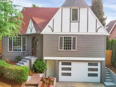 Portland Single Family Home For Sale: 500 NE Cesar E Chavez Blvd