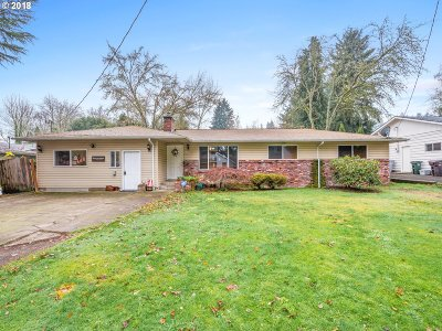 West Linn Single Family Home For Sale: 1215 Blankenship Rd