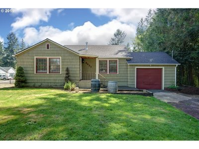 Portland Single Family Home For Sale: 3622 SE Pinehurst Ave