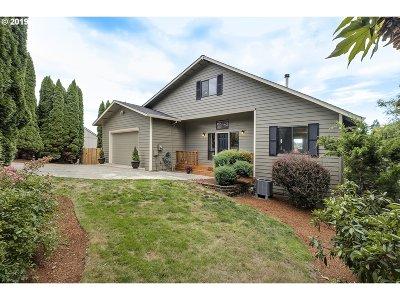 Hillsboro, Cornelius, Forest Grove Single Family Home For Sale: 511 SE Alder Ct