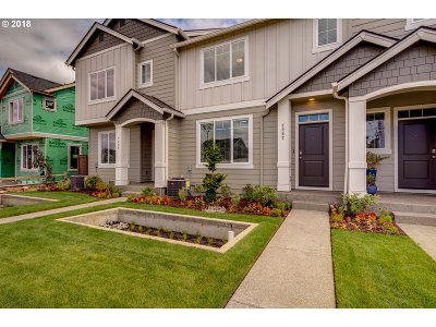 Portland Single Family Home For Sale: 16491 NW Ernst St