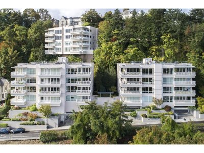 Condo/Townhouse For Sale: 2020 SW Market Street Dr #303
