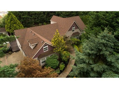 Lake Oswego Single Family Home For Sale: 12431 Orchard Hill Rd