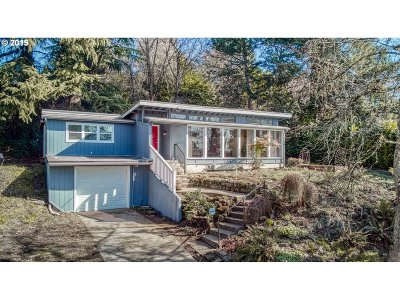 Portland Single Family Home For Sale: 4533 SE Rex Dr