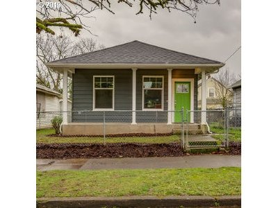 Portland Single Family Home For Sale: 9326 N Tyler Ave