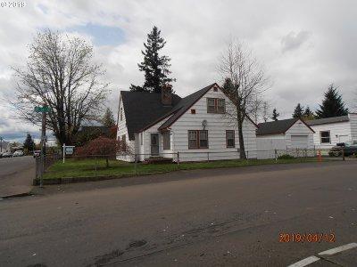Single Family Home For Sale: 9327 NE Glisan St #2