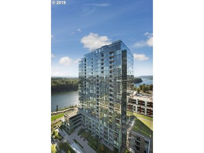 Condo/Townhouse For Sale: 0841 SW Gaines St #2206