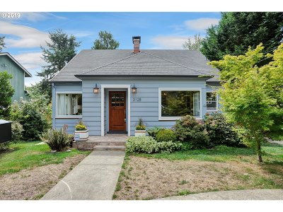 Portland Single Family Home For Sale: 3128 SW Hume St
