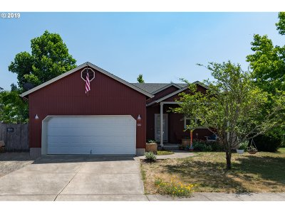 Cottage Grove, Creswell Single Family Home Bumpable Buyer: 881 Osprey Loop