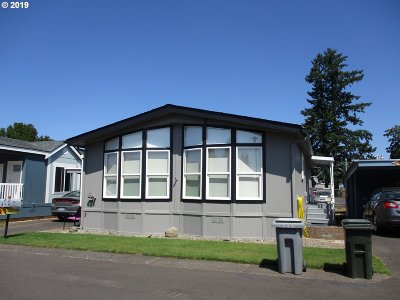 Canby Single Family Home For Sale: 835 SE 1st Ave #56