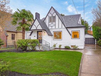 Portland Single Family Home For Sale: 3223 NE Klickitat St