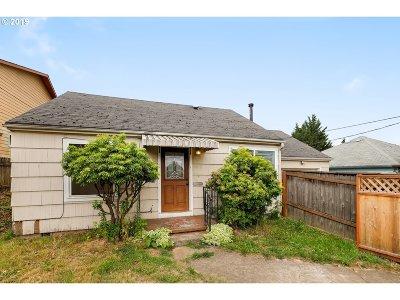 Portland Single Family Home For Sale: 4215 NE 82nd Ave