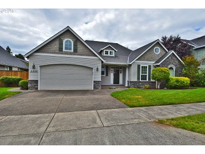 Canby Single Family Home Bumpable Buyer: 1415 NE 15th Ave