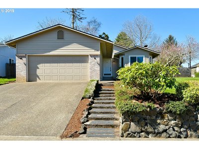 Wilsonville Single Family Home For Sale: 29381 SW Yosemite St