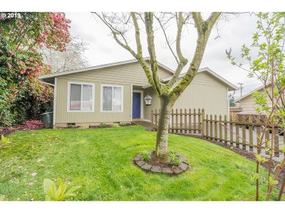 Washougal Single Family Home For Sale: 522 18th St