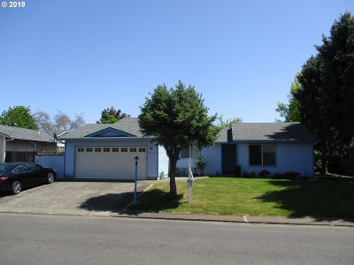 Hillsboro, Cornelius, Forest Grove Single Family Home For Sale: 1664 SE Dowery Ln