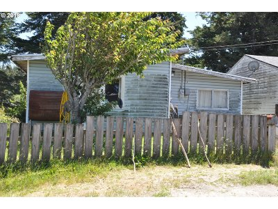 Coos Bay Single Family Home For Sale: 515 N Main