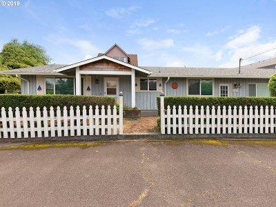 Seaside Single Family Home For Sale: 1821 S Edgewood St