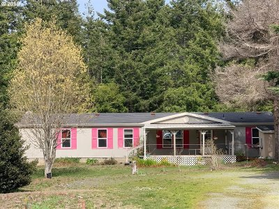 Bandon Single Family Home For Sale: 52057 Sturtevant Rd