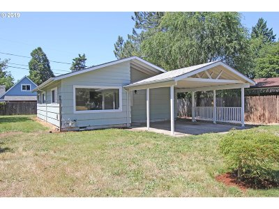 Portland Single Family Home For Sale: 3005 SE 147th Ave