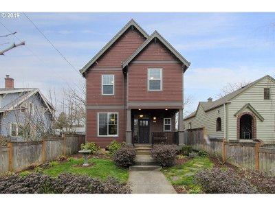 Single Family Home For Sale: 5809 N Willamette Blvd