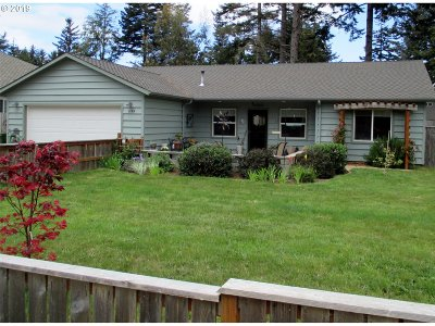 Bandon Single Family Home For Sale: 1155 SE 12th Ct