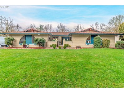 Springfield Single Family Home For Sale: 40163 York Ln