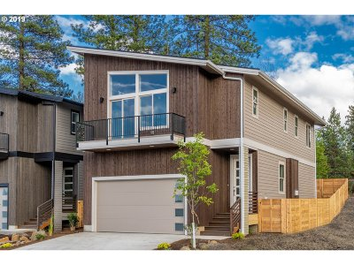 Bend Single Family Home For Sale: 1333 SW Boardwalk Ln