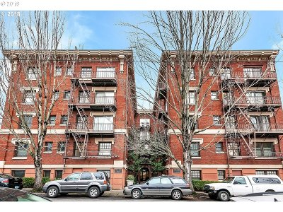 Condo/Townhouse For Sale: 1829 NW Lovejoy St #208