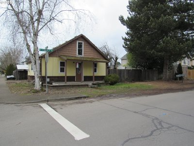 Hillsboro Residential Lots & Land For Sale: 303 NW Ebberts Ave
