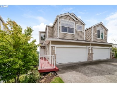 Tigard Single Family Home For Sale: 13546 SW Willow Top Ln
