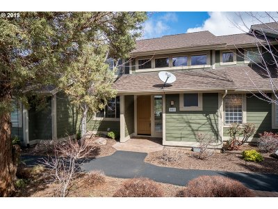 Redmond Single Family Home For Sale: 1418 Highland View Loop