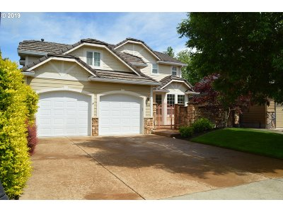 Cottage Grove, Creswell Single Family Home For Sale: 334 Pebble Beach Dr