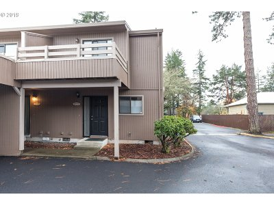 Beaverton Condo/Townhouse For Sale: 10199 SW Denney Rd