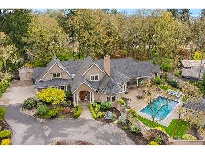 Portland Single Family Home For Sale: 12020 SW Breyman Ave