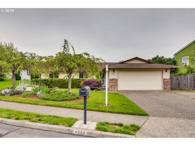 Gresham Single Family Home For Sale: 4025 SE 10th Dr