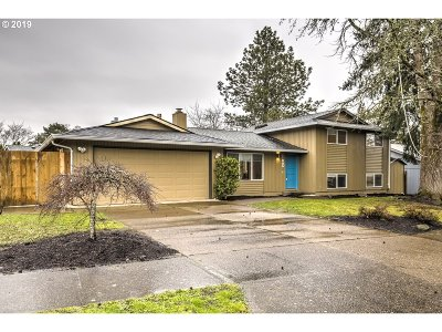 Beaverton Single Family Home For Sale: 11995 SW Burnett Ln