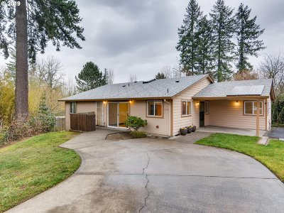 Beaverton Single Family Home For Sale: 9040 SW Trigger Ct