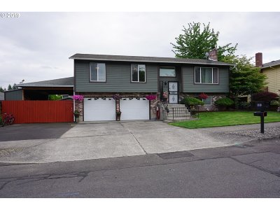 Gresham Single Family Home For Sale: 3880 SW 5th Dr