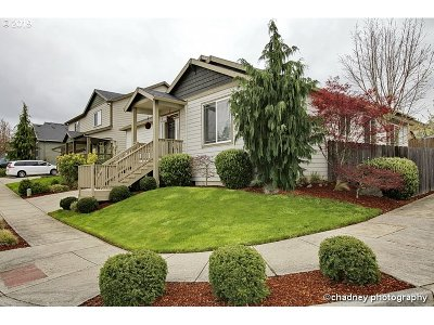 Gresham Single Family Home For Sale: 4084 SW Battaglia Ave