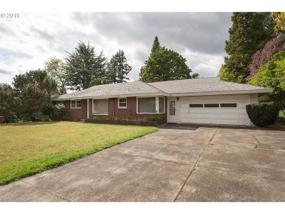 Beaverton Single Family Home For Sale: 3645 SW 108th Ave
