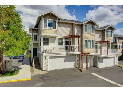 Beaverton Condo/Townhouse For Sale: 8690 SW 147th Ter #101