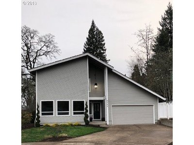 Beaverton Single Family Home For Sale: 6790 SW Larkspur Pl