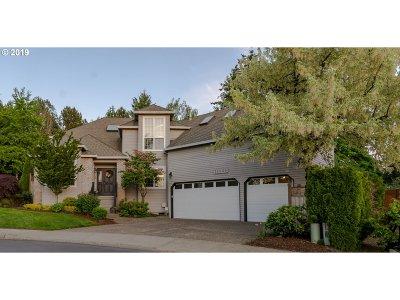 Portland Single Family Home For Sale: 13030 NW Dumar St