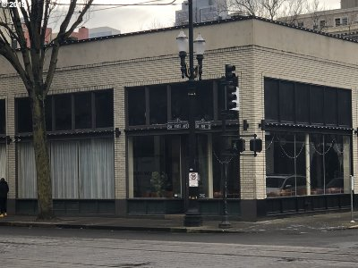 Multnomah County, Washington County, Clackamas County Commercial For Sale: 106 SW Pine St