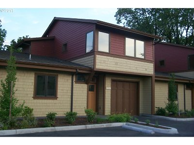 Eugene Condo/Townhouse For Sale: 1425 Perdue Loop