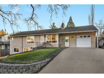 Tigard Single Family Home For Sale: 8700 SW Borders St