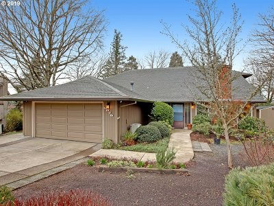 Portland Single Family Home For Sale: 8975 NW Torrey View Ct